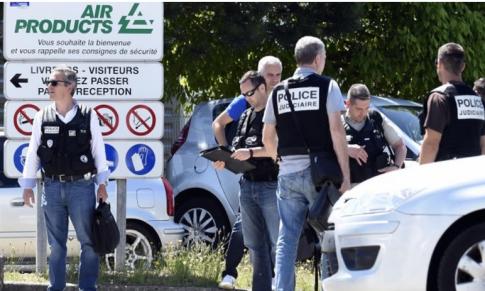 FranceAttack4