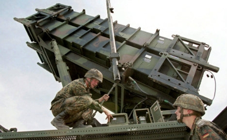 Bundeswehr soldiers operating a Patriot missile launcher
