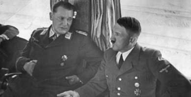 """Feuertaufe"" D 1939/40 Hermann Göring, Adolf Hitler (v.l.n.r.)"