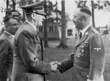 hitler_masonic_handshake_2