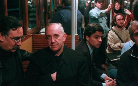 pope-francis-hidden-hand
