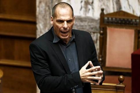 varoufakis-hand-sign