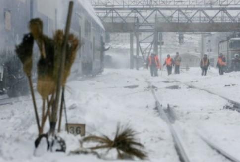 Suceava-snow-12Oct15-550x372