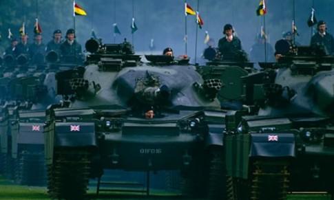 British-tanks-take-part