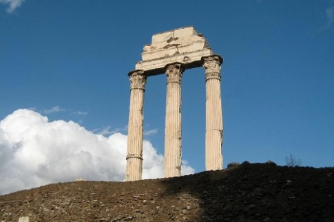 castortemple pillars