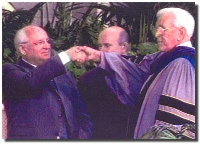 masonic-hand-schuller-gorbachev