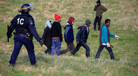 France must deploy army to protect Calais truck drivers from migrants – UK haulage chief