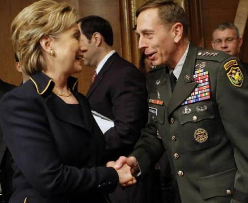 Hillary-Clinton-David-Petraeus-Masonic-Handshake