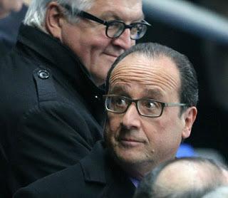 Paris - Hollande leaves the stade de France