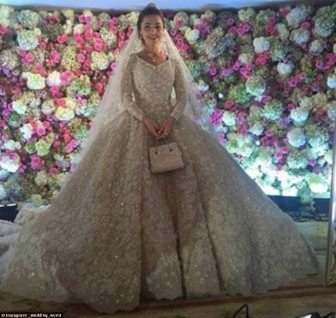 Russian Energy Tycoon Spends 1 Billion On Son's Wedding-4