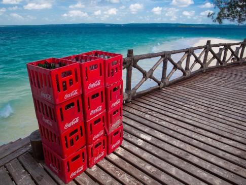 web-coca-cola-offshore-beach