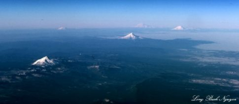 THREE Volcanoes in Pacific Northwest Now Rumbling with Earthquakes