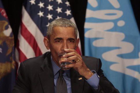obama flint drink