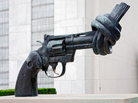 un-twisted-gun