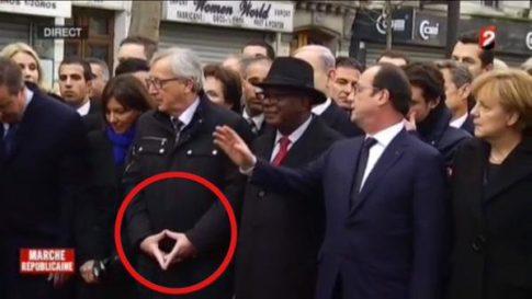 Juncker hand sign