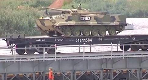 Russia train tank