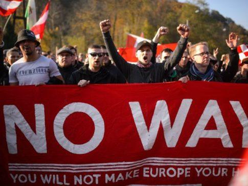 migrant-crisis-no-way