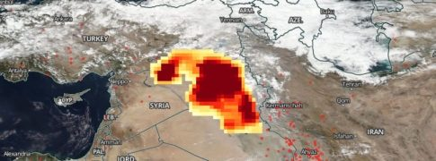 sulfur-dioxide-emitted-in-atmosphere-fire-mosul-iraq-october-24-2016