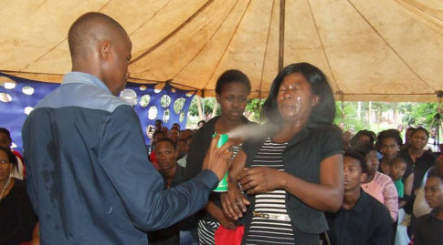 pastor-spraying-insecticide-claiming-it-can-heal-cancer-and-hiv